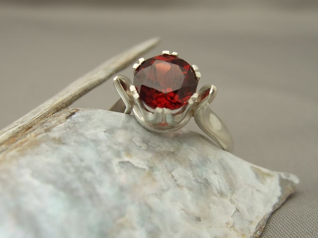 Garnet Crown Set Sterling Silver Ring 2