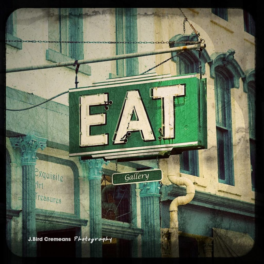 'Eat' (photo credit birdseyephotography)