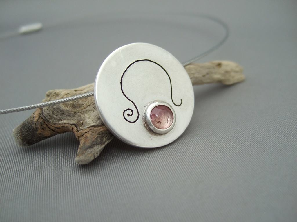 Leo Rose Quartz and Sterling Silver Zodiac Pendant