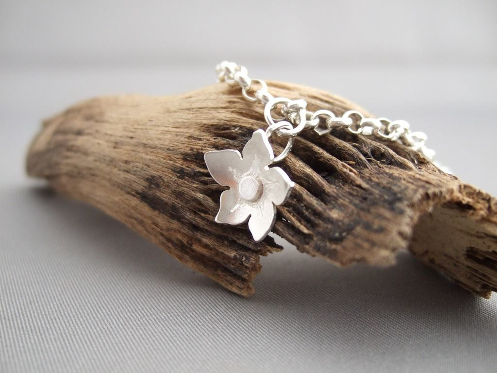 Sterling Silver Forget-Me-Not Flower Bracelet