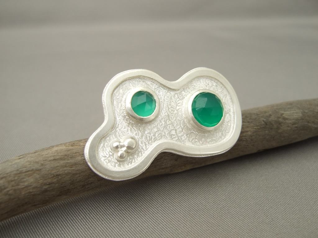 Green Onyx and Sterling Silver Amorphia Ring