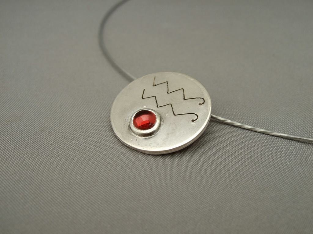 Aquarius Garnet and Sterling Silver Zodiac Pendant