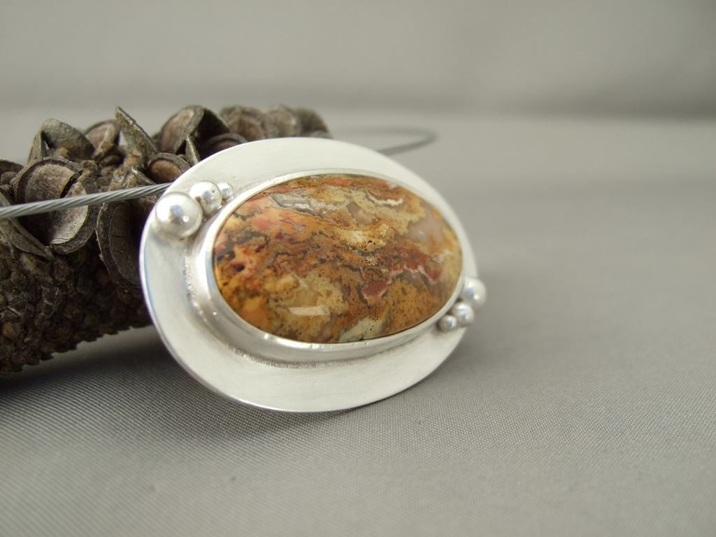 Regency Plume Agate and Sterling Silver Pendant