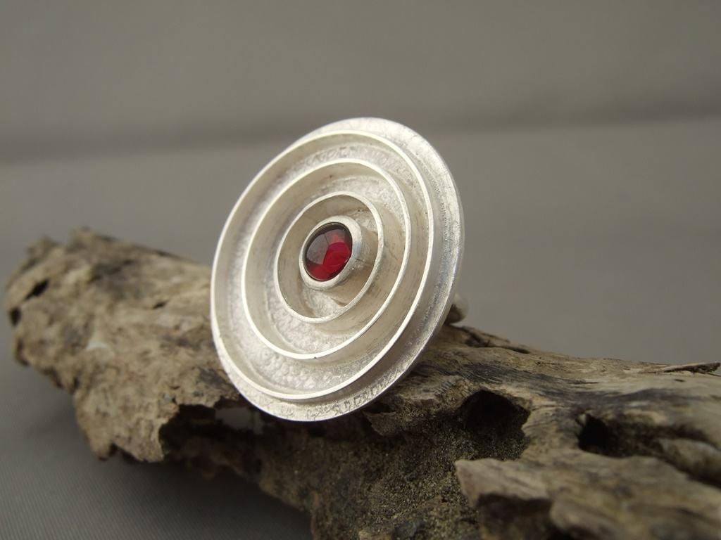 Garnet and Sterling Silver Circles Ring