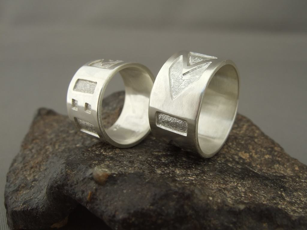 Sterling Silver Aztec Wedding Ring Set