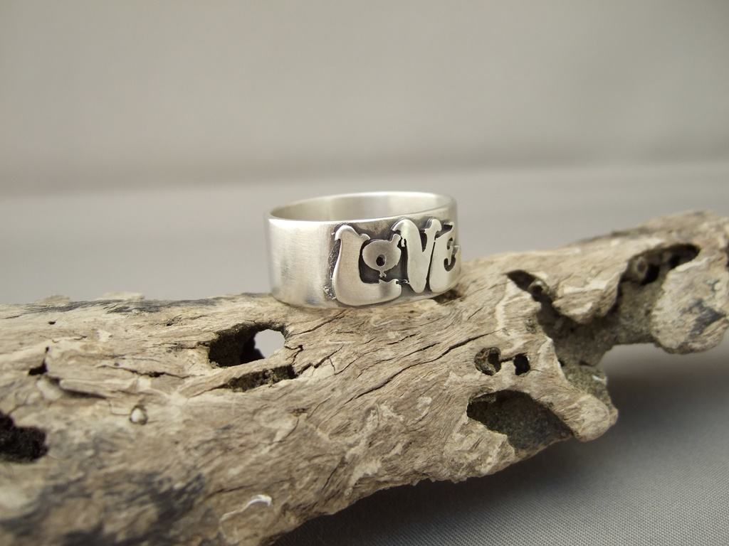 Sterling Silver 'Love' Ring