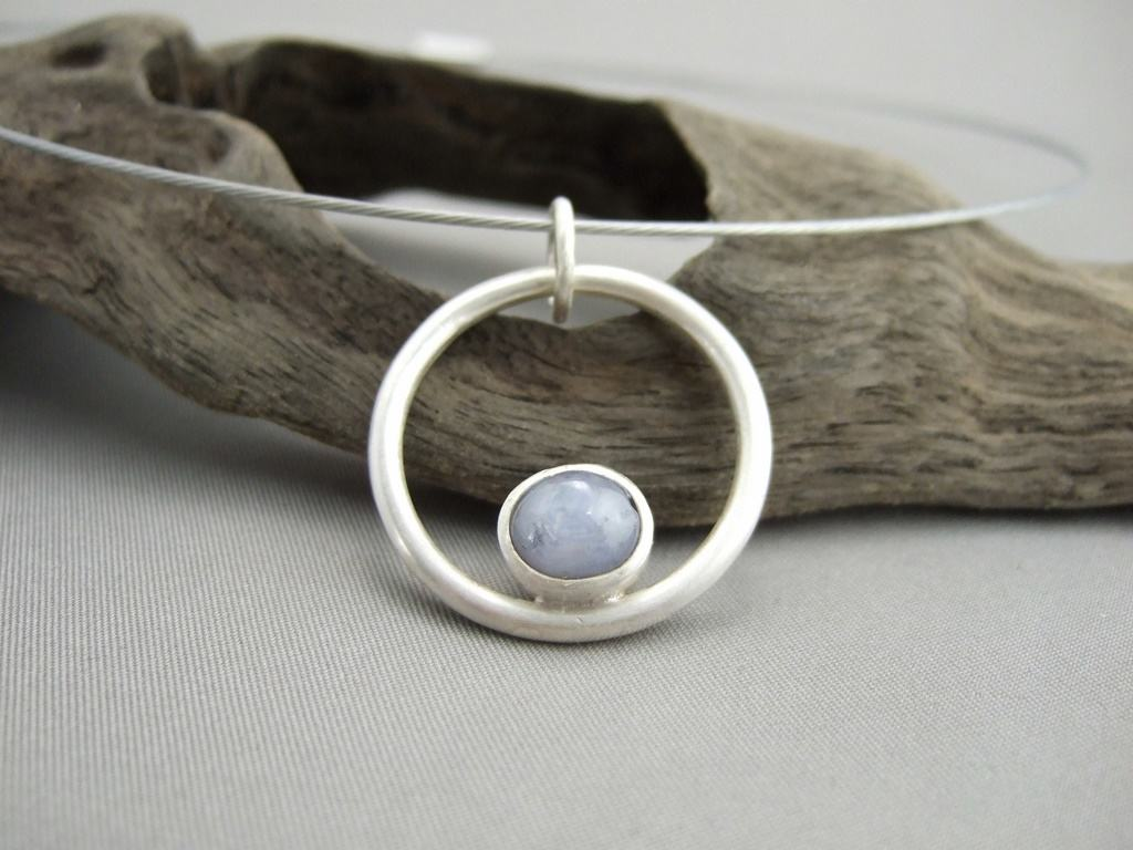 Star Sapphire and Sterling Silver Circle Pendant