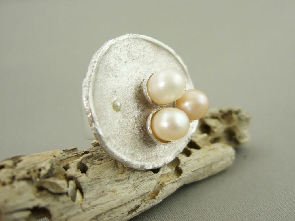 Pearl and Reticulated Sterling Silver Ring