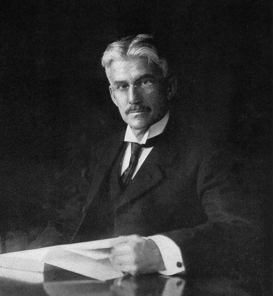 {photograph of Munsell included in his 1905 book''A Color Notation''}