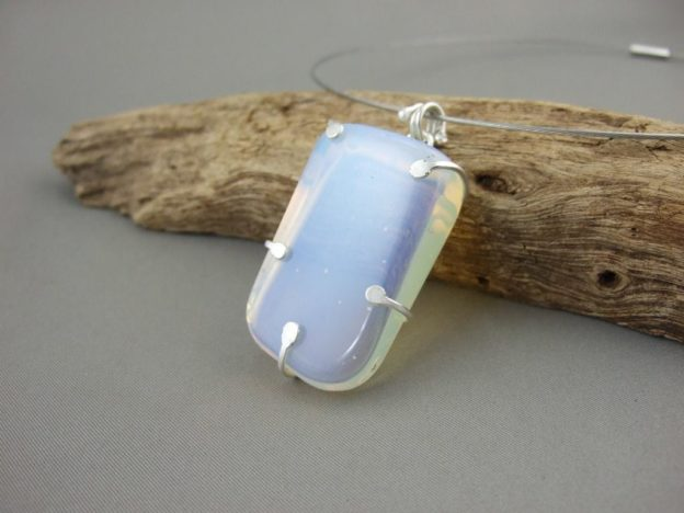 Moonstone and Sterling Silver Claw Set Pendant