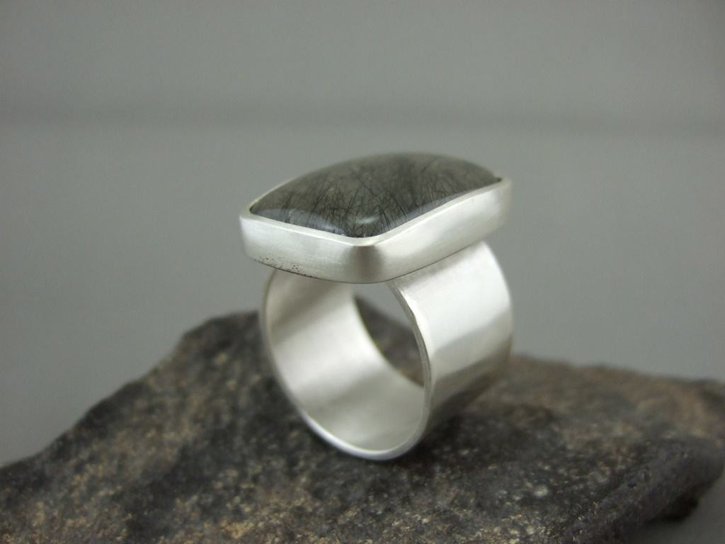 Tourmalinated Quartz and Sterling Silver Men's Ring