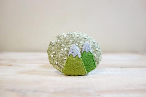 Snow Mountain Brooch by Nari Design Pot
