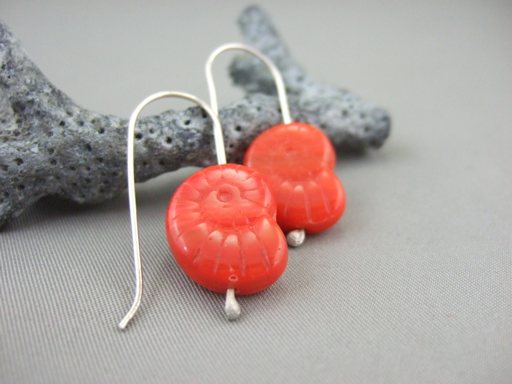 button buttons cut pewter web product earrings bright grandmother s